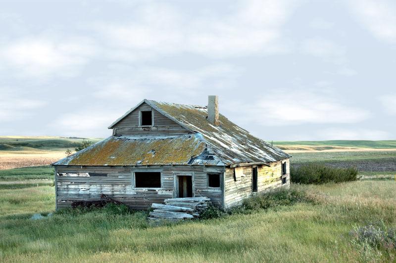 Summer Farmhouse